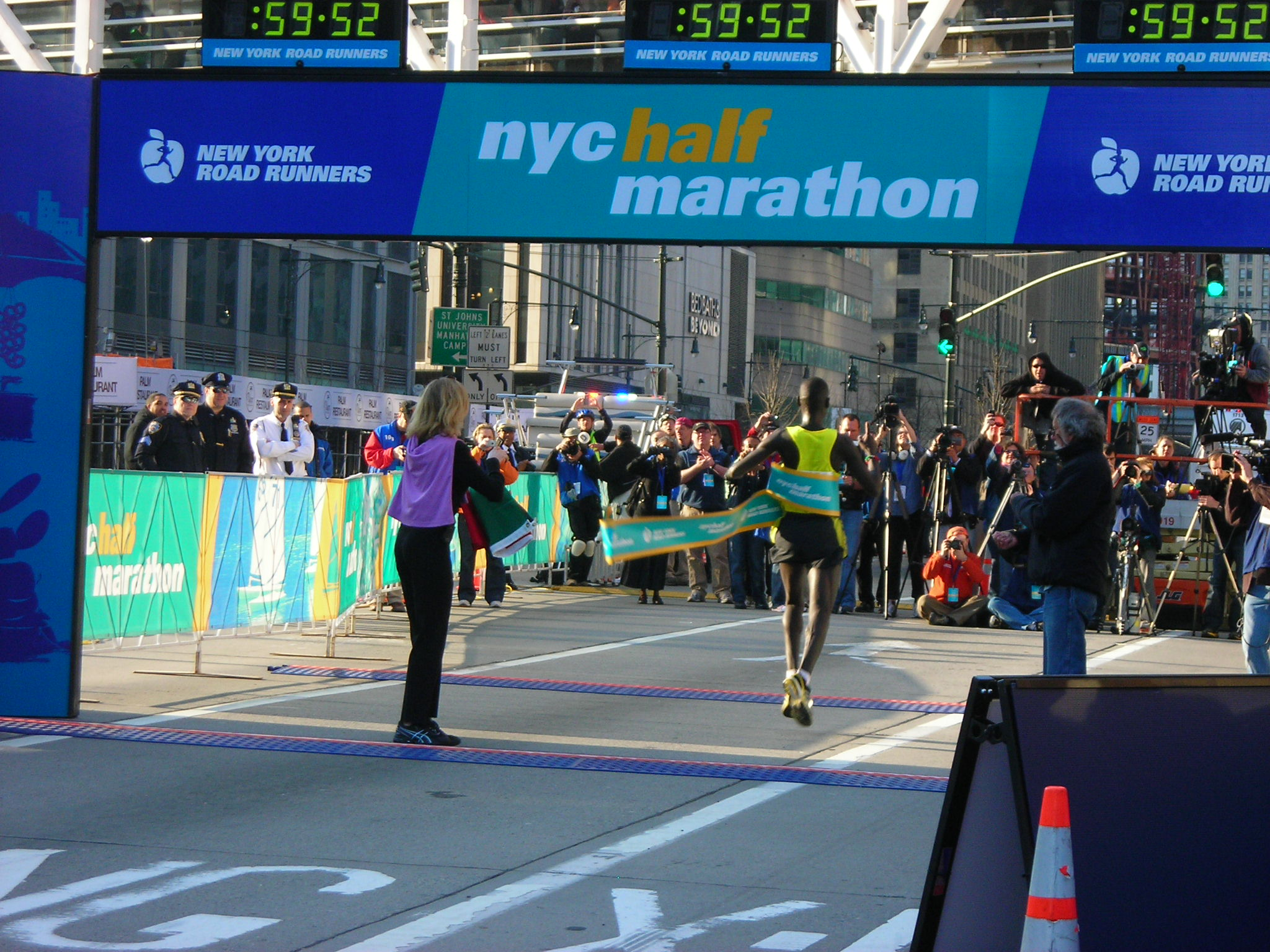 New york city marathon finish line 2010 nyc half fun and pics
