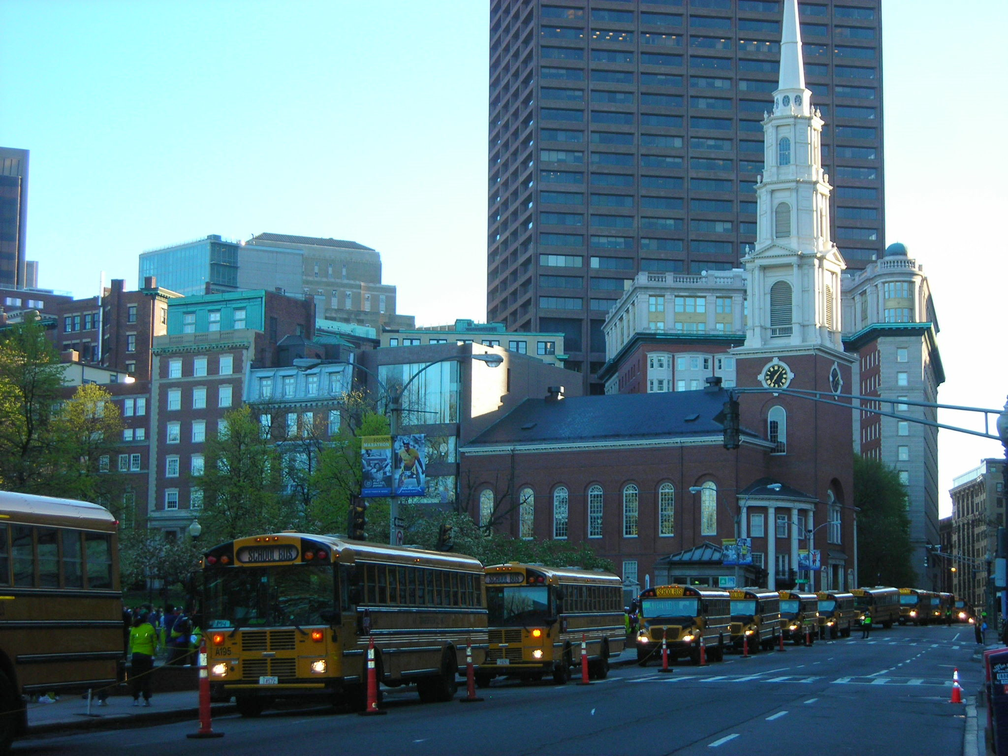 Monday morning. Race Day. Lots of Busses. Boston Commons.