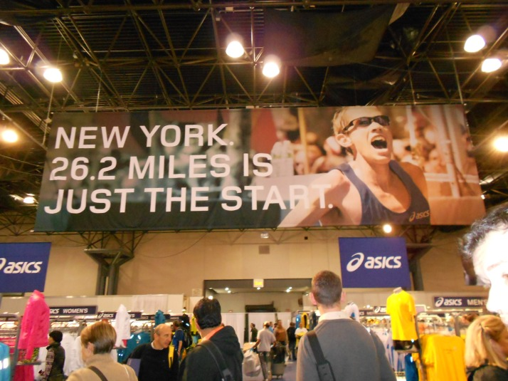 new york city marathon 2011 Footlocker five boro challenge nyrr expo elizabeth maiuolo (8)