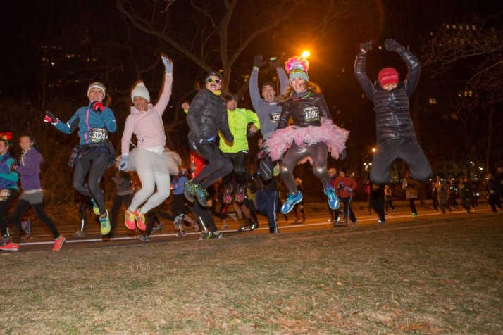 emerald nuts nyrr midnight run central park 2014 (1)