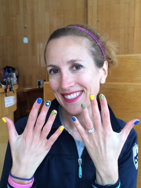 boston marathon nail art | runningandthecity