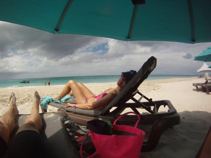turks and caicos beach review photos what to do snorkelling running in grace bay (3)