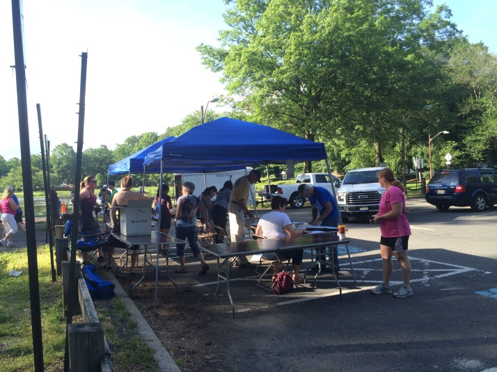 alive and running contact we care 5K cranford nomahegan park new jersey race (8) results