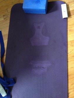 Ru NYC 2012 wet mat