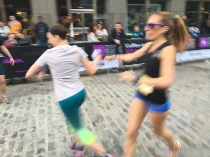 bloomberg square mile relay new york results pictures (8)